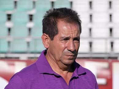 Vieira vai impor disciplina com Octávio Machado