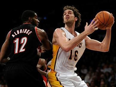 Gasol brilha na vitória dos Lakers
