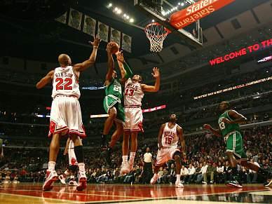 Bulls a um triunfo de atingirem os
