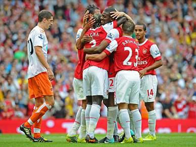 Arsenal esmaga Blackpool