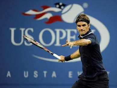 Federer e Venus seguem em frente