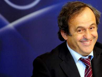 Platini feliz com o prémio para Mourinho