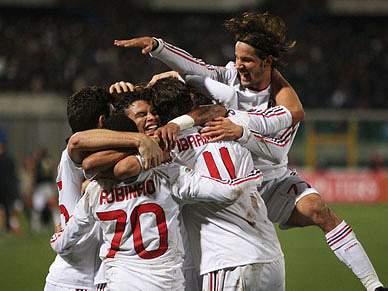 Nápoles perde e deixa Milan mais perto do título