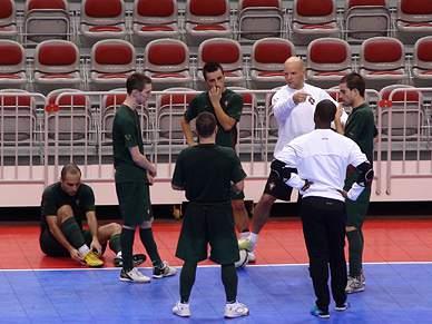 Selecção de futsal defronta hoje o Brasil