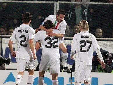Juventus cede empate em Cesena e soma quarto jogo sem vencer