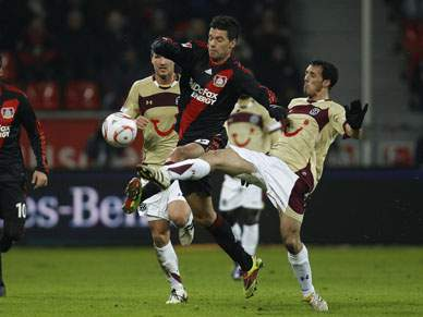 Hannover de Sérgio Pinto perde com o Leverkusen