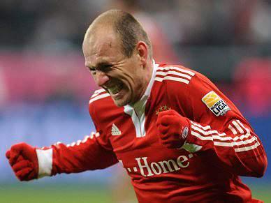 Robben pode parar quatro meses