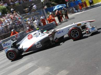 Sergio Perez protagoniza terceiro acidente grave do dia