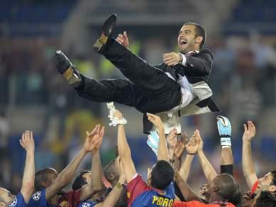 Josep Guardiola renova por uma época e Aitor Begiristain pode sair