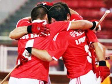 Benfica contrata primeiro estrangeiro para a formação