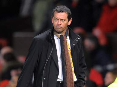 Hull City despede treinador