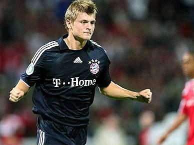 Toni Kroos prolonga contrato até 2015