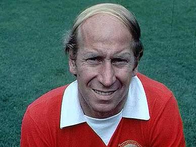 Bobby Charlton orgulhoso de ter jogado contra o português