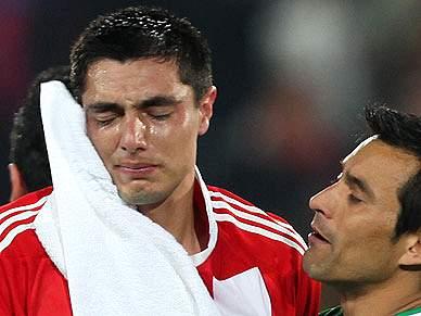 Cardozo perdoado pelos paraguaios