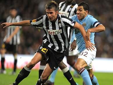 Man. City e Juventus empatam 1-1