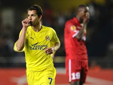 UEFA multa Nilmar e Santi Carzola em 20 mil euros