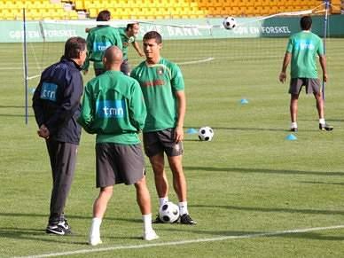 Portugal regressa aos treinos já sem Ronaldo