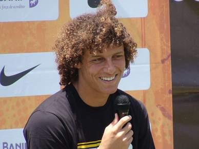 David Luiz já treina pelo Chelsea