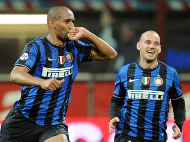Inter vence Juventus por 2-0 e regressa à liderança