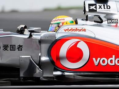 Hamilton mais rápido na terceira sessão de treinos