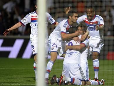 Lyon garante Liga dos Campeões