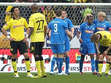 Dortmund sofre terceira derrota, Bayern