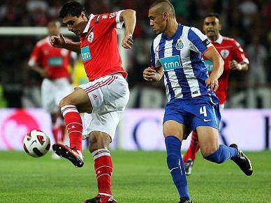 FC Porto, quase perfeito, recebe Benfica em crescendo