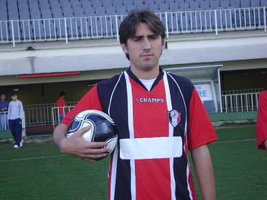 Leiria contrata brasileiro Rafael Bitencourt