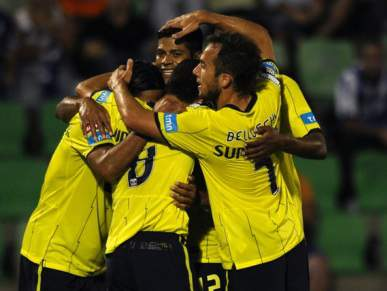 Hulk dá vantagem ao FC Porto