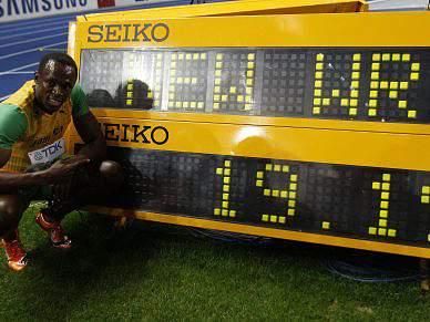 Usain Bolt e Sanya Richards atletas do ano