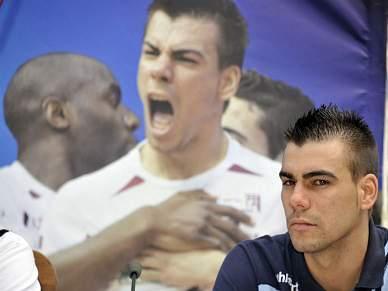 Barcelona recupera Sergio Lozano