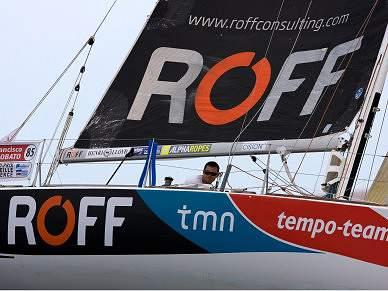 Francisco Lobato vence segunda regata Offshore