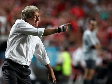 Villas-Boas «fala mais do Benfica» do que Jesus