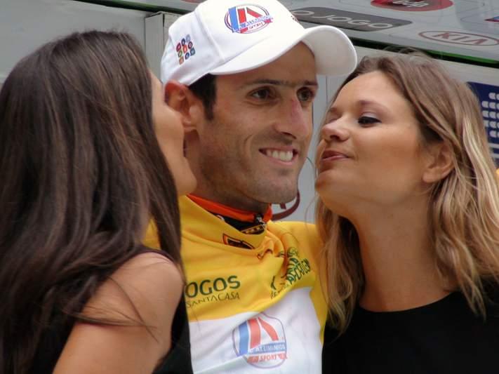 Hugo Sabido lidera pelotão na 2ª etapa