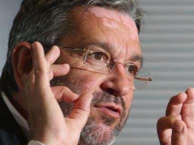 Luís Guilherme considera «grave e insólita» entrega de fotografias a Bruno Paixão