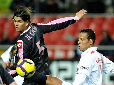 Sevilha e Santander asseguram meias-finais