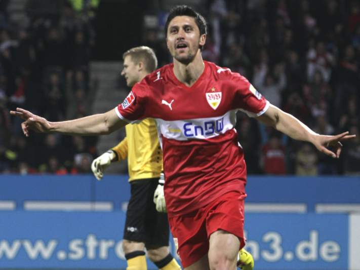 Estugarda goleia Eintracht Braunschweig