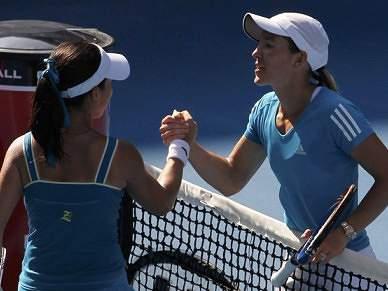 Justine Henin e Serena Williams afastam chinesas e disputam final