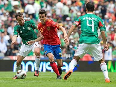 Espanha regressa com um empate
