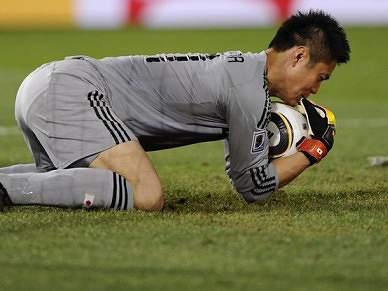 Kawashima assina pelo Lierse SK