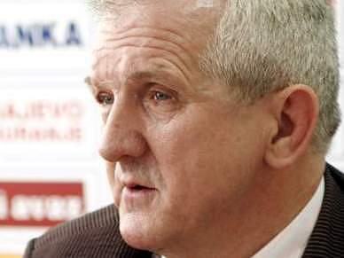 Dois dirigentes da federação de futebol condenados