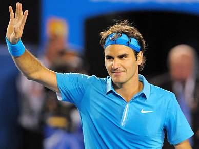 Federer passeia rumo à final