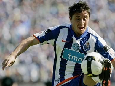 Rodriguez de regresso e Fernando ausente