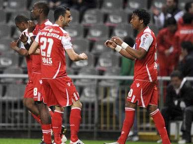 Continua a perseguição do Braga ao Benfica
