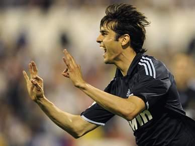 Kaká regressa em glória no Real Madrid