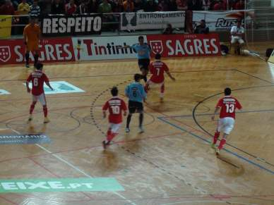 Benfica e Belenenses reeditam final