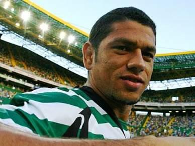 Pedro Silva de regresso, Izmailov continua no ginásio