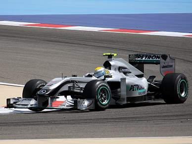 Rosberg e Mercedes dominam segunda sessão de treinos