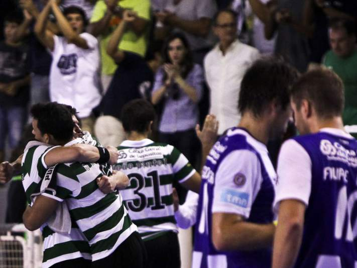 Leões batem FC Porto e vencem a Supertaça