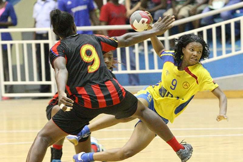 Campeã africana começa defesa do título
